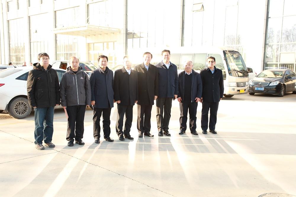 中国铸造协会会长张立波来44118太阳成城集团考察调研