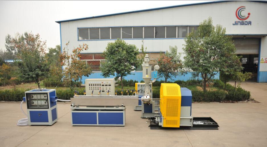 PVC钢丝增强软管生产线